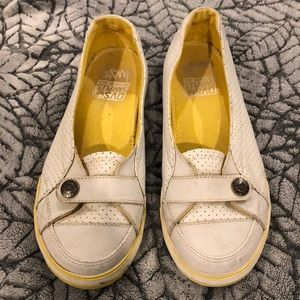 DVS woman's shoe